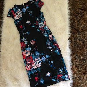 Betsey Johnson Dresses - Betsey Johnson Floral Zip Dress